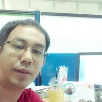 Photo taken at คณะสาธารณสุขศาสตร์ | มหาวิทยาลัยเกษตรศาสตร์ วิทยาเขตเฉลิมพระเกียรติ จังหวัดสกลนคร by Nicky P. on 5/5/2014