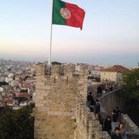 Photo taken at São Jorge Castle by Edmund M. on 10/11/2013