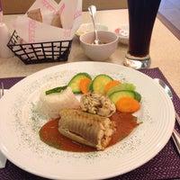 Photo taken at Restaurant Liverpool by Arnau B. on 5/29/2014