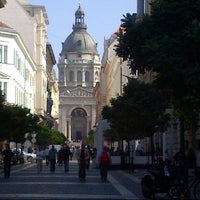 Photo taken at St. Stephen's Basilica by JenniVer J. on 10/3/2012