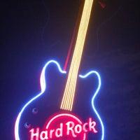 Photo taken at Hard Rock Cafe Cairo by Luda on 4/7/2018