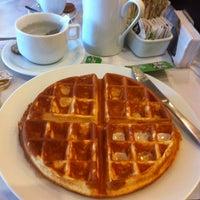 Foto diambil di Café Severino oleh Amanda L. pada 9/1/2013