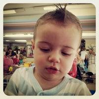 Foto tirada no(a) Doutor Cabelo Infantil por Duda S. em 12/22/2013