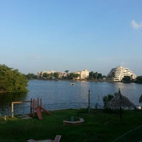 Photo taken at Las Olas Club Resort by Rodolfo G. on 9/27/2014