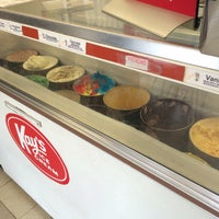 Photo taken at Kay's Ice Cream by T Gregory K. on 9/28/2015