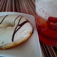 Photo taken at Mokko Factory (Donut, Coffe & Yogurt) by Anjas P. on 8/12/2013