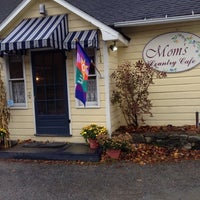 Photo taken at Mom's Country Cafe by Rainy B. on 11/10/2013