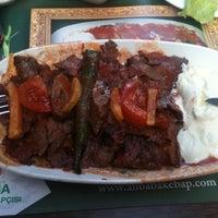 Das Foto wurde bei Ali Baba İskender ve Kebap von Neşe K. am 1/21/2013 aufgenommen