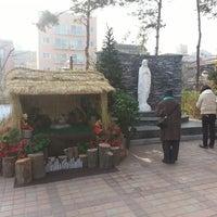 Photo taken at 천주교 화곡2동성당 by Jong Hyun Andrew K. on 12/1/2013
