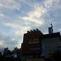 Photo taken at 천주교 화곡2동성당 by Jong Hyun Andrew K. on 10/6/2013