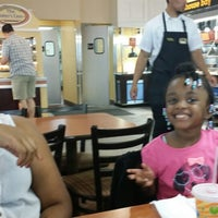 Photo taken at Golden Corral by Jovonnie M. on 5/31/2014