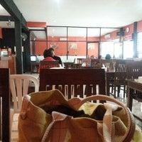Photo taken at Obonk Steak & Ribs by Arum Citra P. on 10/12/2014