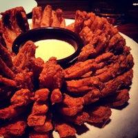 Foto tirada no(a) Outback Steakhouse por Gabriel A. em 12/28/2012