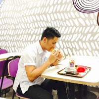 Photo taken at McDonald's by Johnnypee E. on 12/14/2016