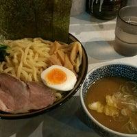 Photo taken at 横浜家系ラーメン 虎家 by しげぽん on 12/18/2015