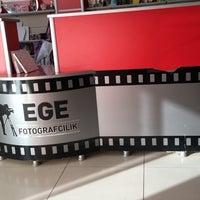 Photo taken at Ege Fotoğrafçılık by Kaan Furkan A. on 10/15/2016
