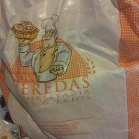 Photo taken at Veredas Pães e Gourmet by Fernando C. on 12/30/2012
