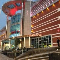 2/26/2014 tarihinde Ceyda Gamzeliziyaretçi tarafından Mega Mall'de çekilen fotoğraf