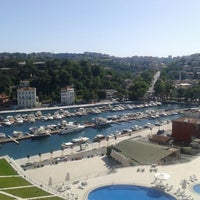 Photo prise au The Grand Tarabya par Elif ö. le6/27/2013