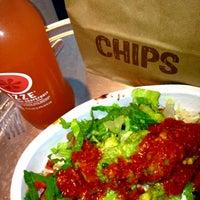 Das Foto wurde bei Chipotle Mexican Grill von Liz P. am 10/16/2012 aufgenommen