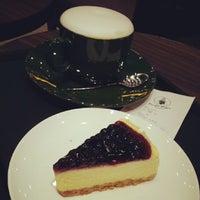 Photo taken at Restaurante do Aeroporto Internacional de Macau 澳門國際機場餐廳 by Eng N. on 3/15/2014