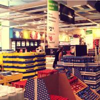 Photo prise au IKEA restaurace par Šimon F. le9/23/2013