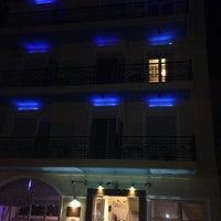Das Foto wurde bei Plaza Hotel von Malafouris K. am 10/21/2013 aufgenommen
