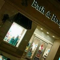 5/17/2016에 Missy M.님이 Bath & Body Works에서 찍은 사진