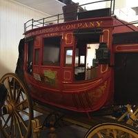 Снимок сделан в Wells Fargo History Museum пользователем Jaden G. 7/17/2017