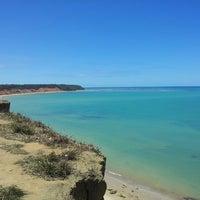 Foto tirada no(a) Praia do Carro Quebrado por Sidney F. em 4/12/2013