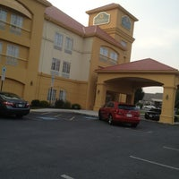 Photo taken at La Quinta Inn & Suites Chambersburg by Patrick B. on 8/27/2013