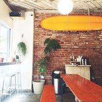 Foto tirada no(a) Summers Juice & Coffee por Summers B. em 6/13/2015