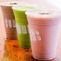 Foto tirada no(a) Summers Juice & Coffee por Summers B. em 8/31/2015