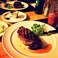 Снимок сделан в Sam's Steak House пользователем Iryna K. 3/20/2014