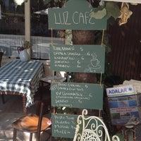 7/7/2013 tarihinde Maksut B.ziyaretçi tarafından Luz Café'de çekilen fotoğraf