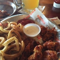 Photo taken at Hooters by Willie W. on 5/28/2014