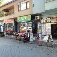 Photo taken at Paşa Çiğköfte by Ali C. on 8/28/2013