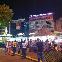 Photo prise au Gaziosmanpaşa Meydanı par Cihan Y. le7/20/2013