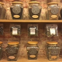 Photo taken at The Spice & Tea Exchange of Georgetown by Ilse O. on 6/3/2016