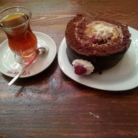 Das Foto wurde bei Çiğdem Pastanesi von Yusuf Abdullah K. am 3/11/2014 aufgenommen