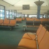 Foto diambil di Grantley Adams International Airport (BGI) oleh Kkkk H. pada 9/29/2013