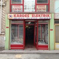 Photo taken at Kardeş Elektrik by Engin G. on 6/29/2013
