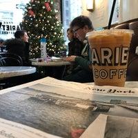 12/22/2017 tarihinde Seth F.ziyaretçi tarafından Variety Coffee Roasters'de çekilen fotoğraf