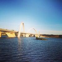 Photo taken at Orla da Ponte JK by Rafael M. on 5/16/2013