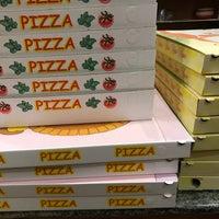 Photo taken at Pizzeria Riviera 45 by Ba B. on 12/9/2016