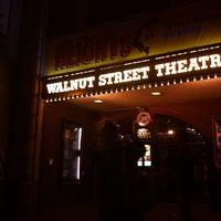 Foto scattata a Walnut Street Theatre da Lori G. il 10/12/2013