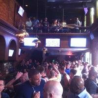 Foto scattata a JR's Bar & Grill da David G. il 5/19/2013