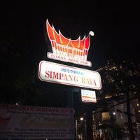 Photo taken at Restoran Simpang Raya by Arif S. on 6/19/2016