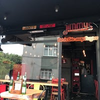 Foto scattata a Jimmy's Burger da Derya K. il 6/28/2018