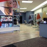 Photo taken at Great Clips by Doyle H. on 12/27/2013